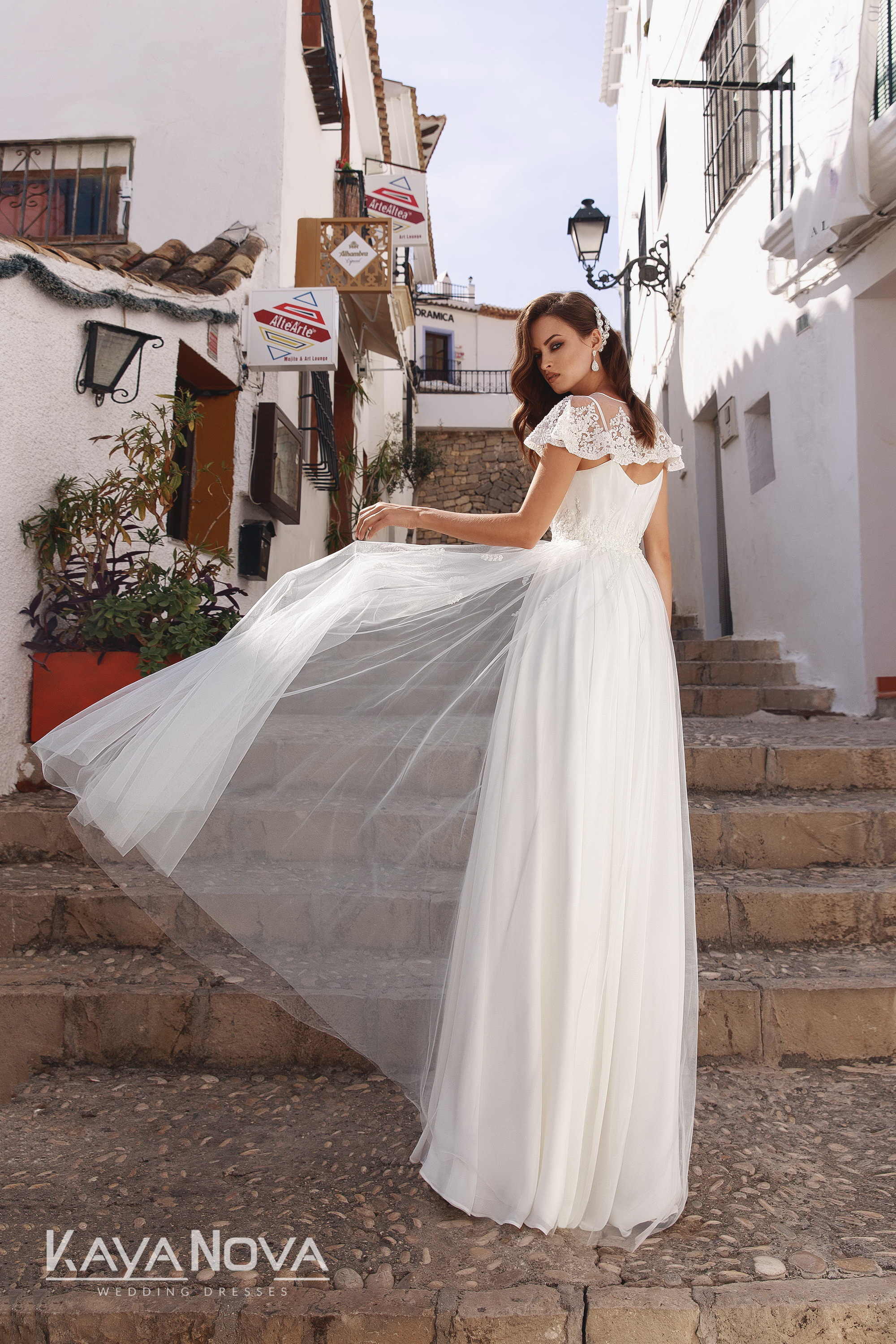 https://kayawedding.com/images/stories/virtuemart/product/Adelain dress 2.jpg