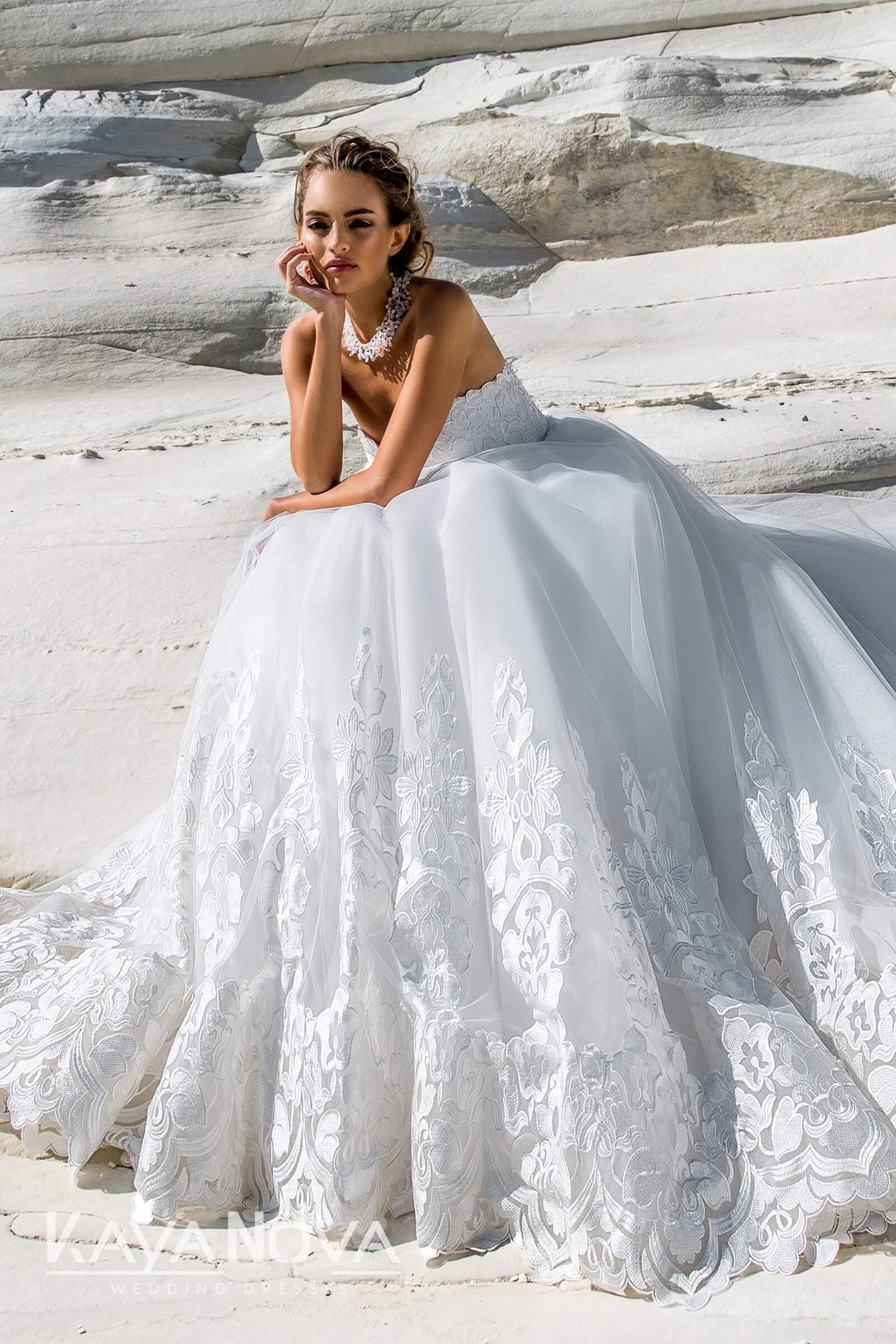https://kayawedding.com/images/stories/virtuemart/product/Adriana 4_19.jpg