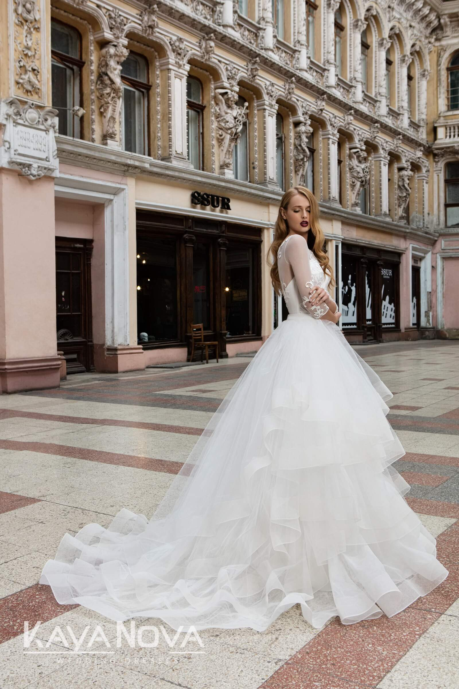 https://kayawedding.com/images/stories/virtuemart/product/Anetta + tulle skirt8.jpg